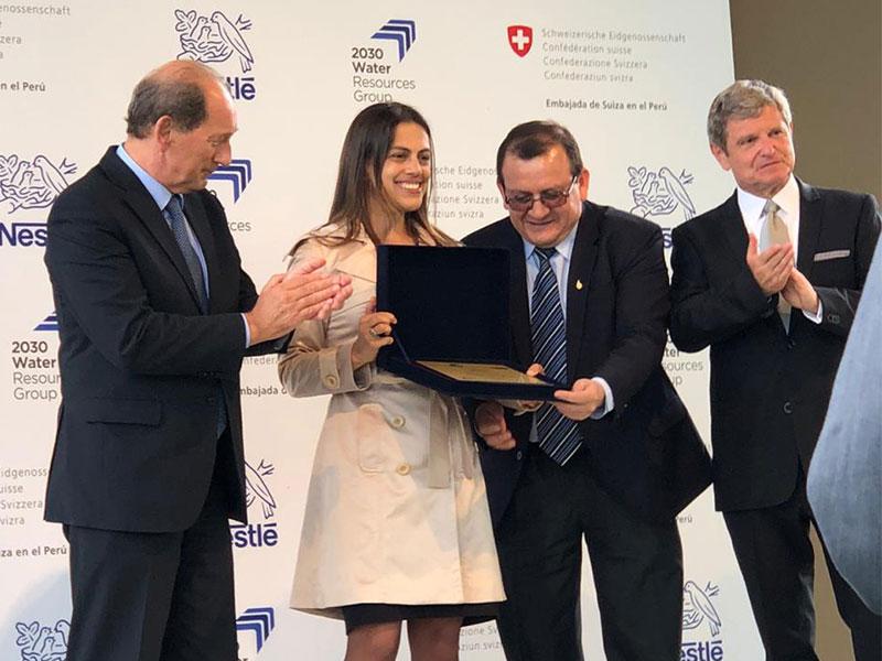 Gestión hídrica responsable: Fenix recibe certificado azul