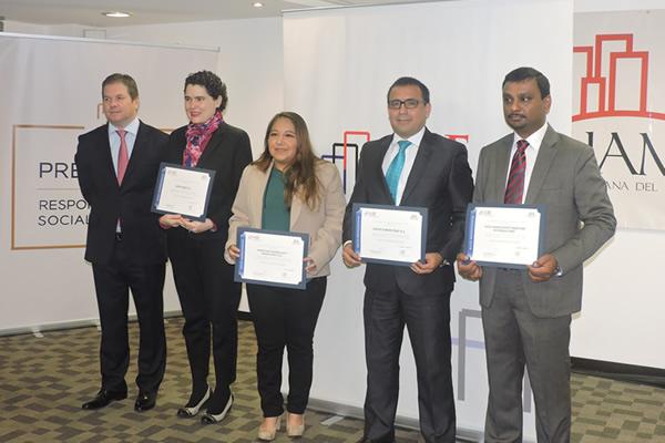 """Generando un Buen Lugar para Trabajar – Fenix recibe certificación: """"Asociación de Buenos Empleados"""""""