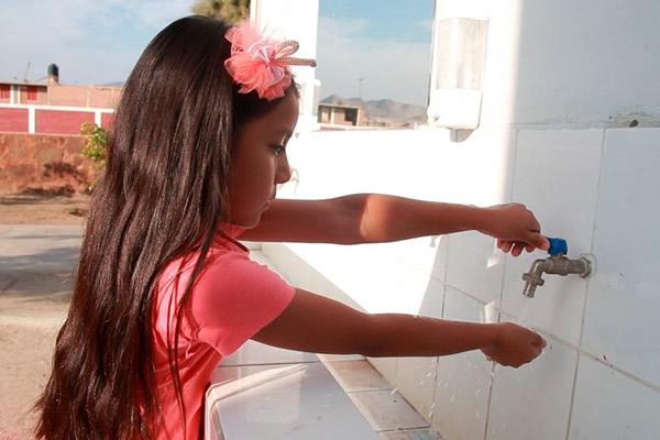 Fenix Power inició exitosamente la entrega de agua potable a la Municipalidad Distrital de Chilca