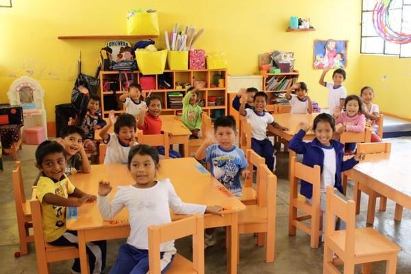 Fenix Power: Comprometidos con la educación de nuestros vecinos