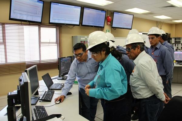 Alumnos de la Universidad Nacional del Santa visitaron la central termoeléctrica de Fenix Power