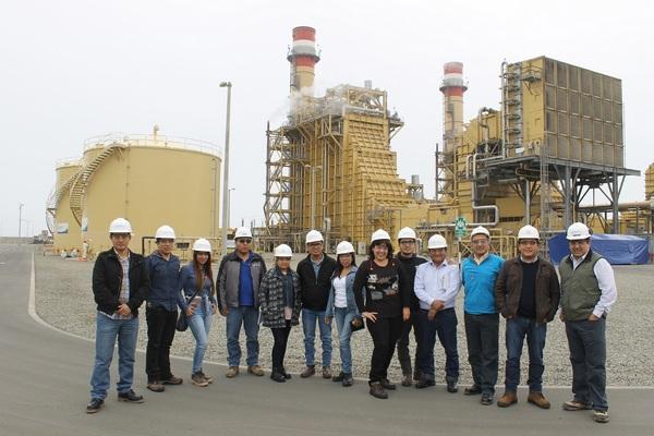 Alumnos de la PUCP visitaron la Central Termoeléctrica de Fenix Power