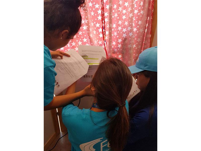 Fenix presente en inicio del año escolar en Chilca