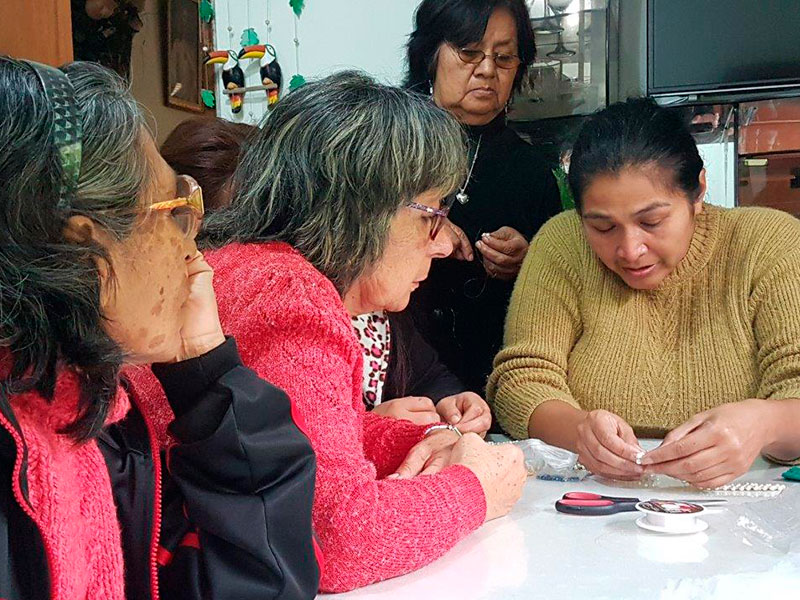 Fenix recibe reconocimiento por su labor con los adultos mayores