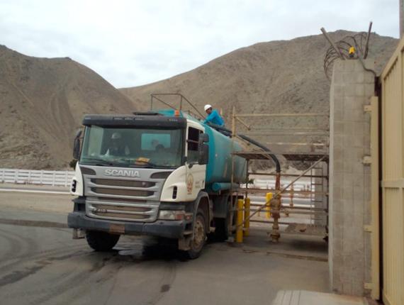 Fenix dona más de 112 millones de litros de agua potable para el beneficio de más de 8 mil vecinos del distrito de Chilca