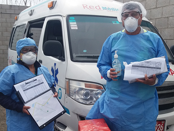 Vecinos reciben atención gratuita en medicina y psicológica durante Estado de Emergencia