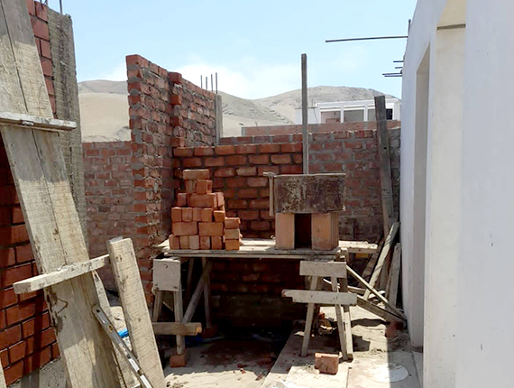 Fenix mejora infraestructura de la capilla Las Salinas
